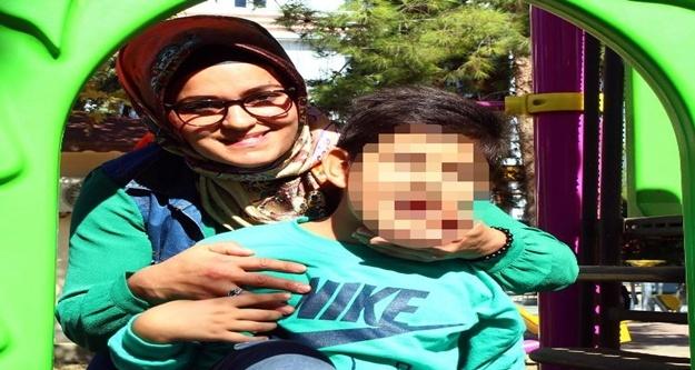 Servis şoföründen otizmli çocuk ve annesine darp iddiası