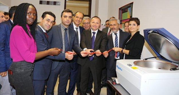Akdeniz Üniversitesi'ne son teknoloji cihaz