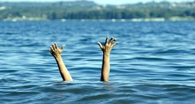 Alanya'da genç kızın denizde intihar girişimi