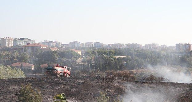 Alanya'da otluk alanda yangın paniği