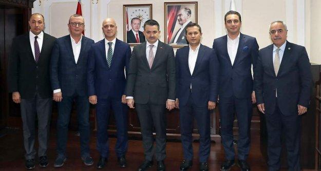Antalya'dan bakana destek
