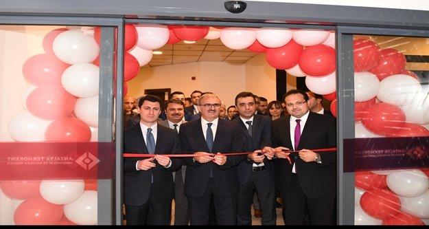 Antalya Türkiye'nin yazılım merkezi olmaya aday