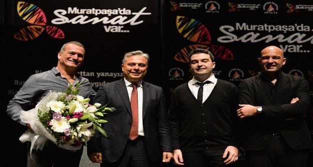 Kerem Görsev Trio'su muhteşemdi
