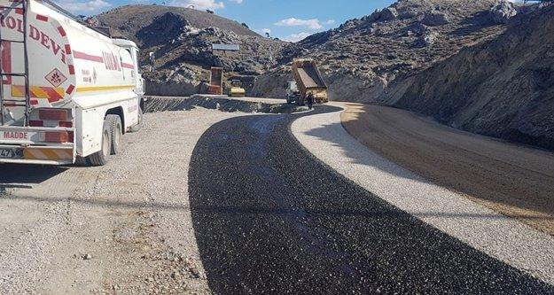 Koçdavut Yolu'nda asfalt çalışması tamamlandı