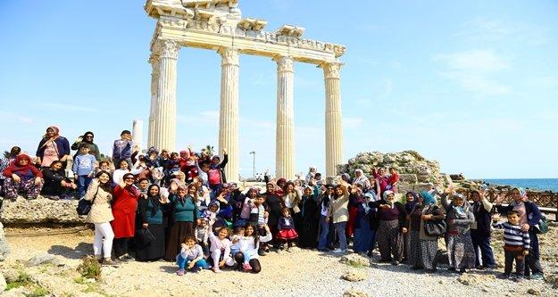 Torosların Kadınları Manavgat'ı geziyor' Projesi tamamlandı