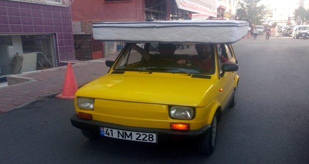 Yatak tavanlı otomobil