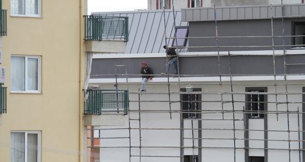 Alanya'da inşaat işçileri ölümle dans etti