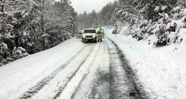 Alanya'da kar! Her yer beyaza büründü