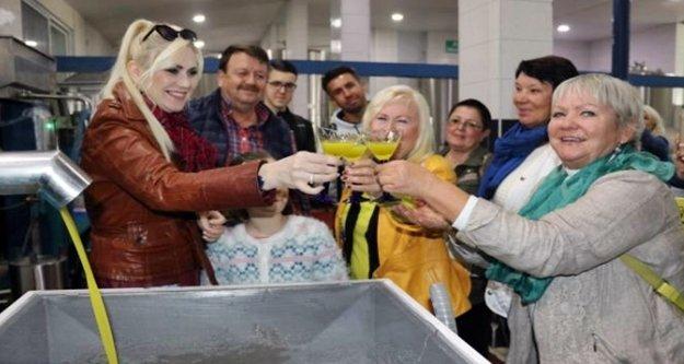 Alanya'da zeytinyağı fabrikasına Rus gezisi