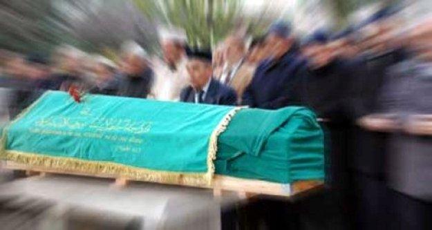 Alanyalı emekli büyükelçi hayatını kaybetti