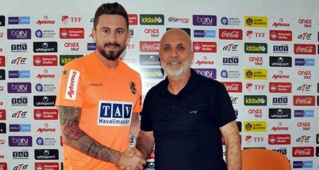 Alanyasporlu futbolcu Adana'ya mı gidecek?