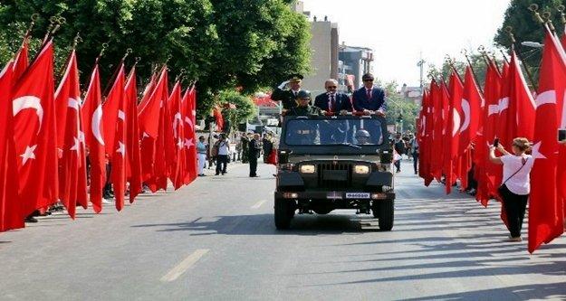 Antalya Valiliği'nden Türk Bayrağı genelgesi