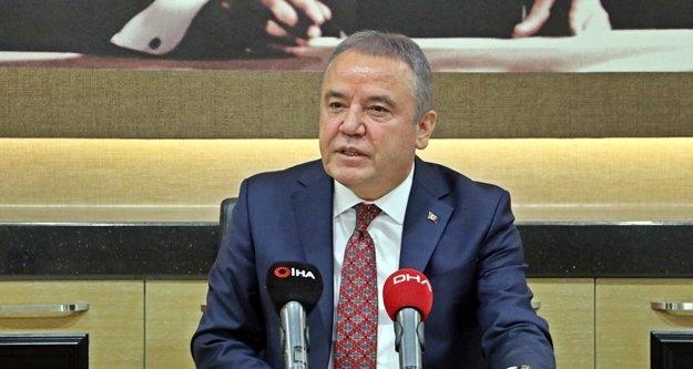 """Başkan Böcek 'Ben CHP'de kimseyi satmam"""""""