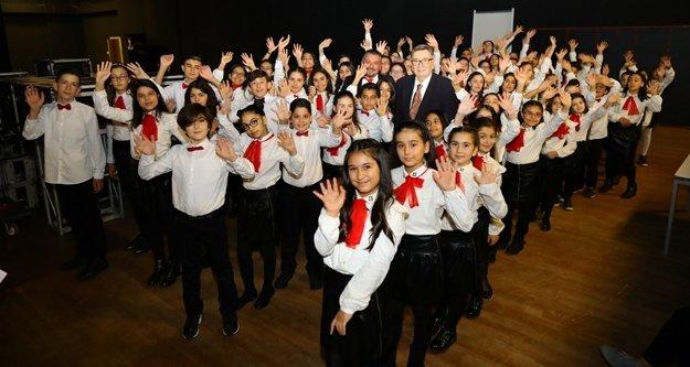 Çocuklardan belgesel tadında Eurovision konseri