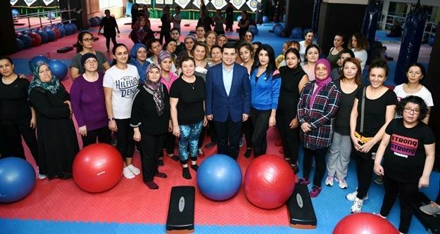 Tütüncü: 'Kadınlar için spor merkezlerimizi arttırdık'
