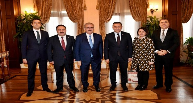 Yücel Vali Karaloğlu'na projelerini anlattı