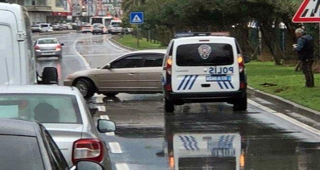 Alanya'da korkutan kaza: Bariyerlere çarparak durabildi
