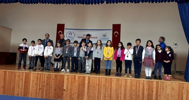 Alanya'da satranç turnuva heyecanı  devam ediyor