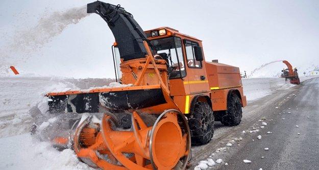 Büyükşehir Alanya'daki kar esaretine son verdi