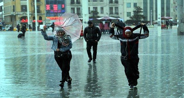 Dikkat: Alanya'da sel ve hortum uyarısı!