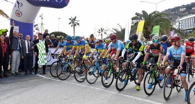 Alanya'da bu yılın ilk bisiklet heyecanı yaşandı