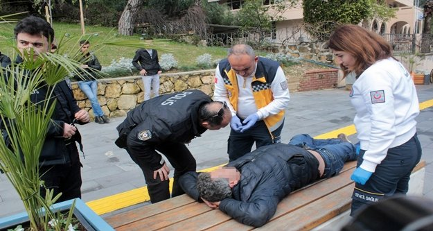 Bankta sızan alkollü kişi polise zor anlar yaşattı!