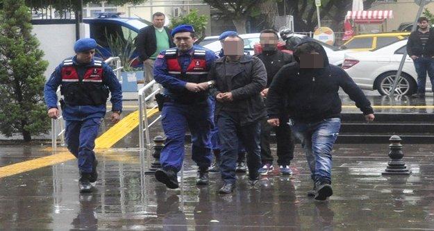 Jandarmadan uyuşturucu tacirlerine baskın: 1 tutuklama