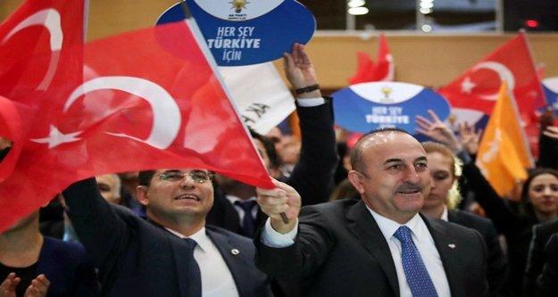 Seçim kampanyasının startını Çavuşoğlu verdi