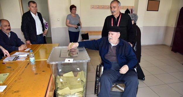 Alanya'da engelli bireyler seçim günü evlerinden alınacak