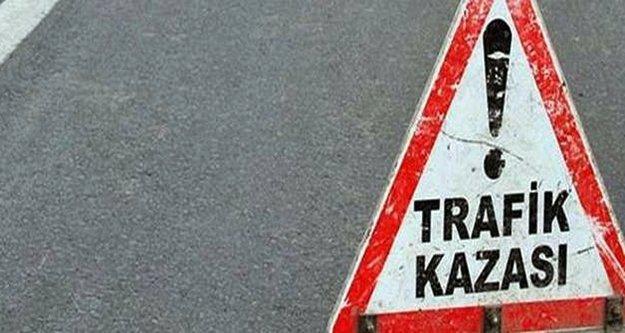 Alanya'da kaldırımda yürüyen kadına motosiklet çarptı! 2 kişi yaralandı