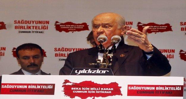 Bahçeli:  'Atatürk'ün partisini HDP'nin kumanda merkezi haline getirdi'