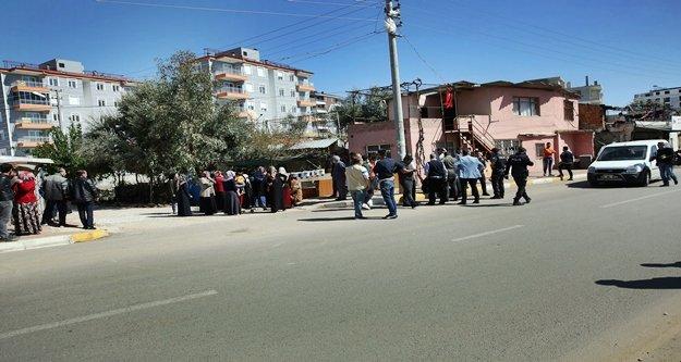 Gürültü kavgasında 2 polis yaralandı!
