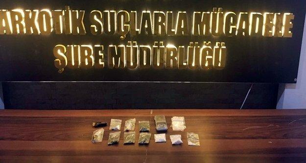 Uyuşturucu tacirlerine şok baskın! 2 kişi tutuklandı