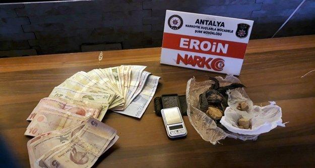 Uyuşturucu tacirlerine yeni  darbe: 14 kişi tutuklandı!