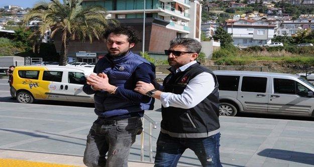 Alanya'da gençleri zehirleyen eroin taciri yakalandı
