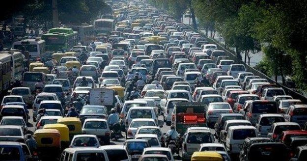 Antalya'da trafiğe kayıtlı araç sayısı ne kadar oldu?
