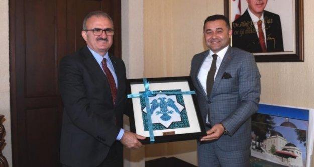Başkan Yücel'den Vali Karaloğlu'na ziyaret