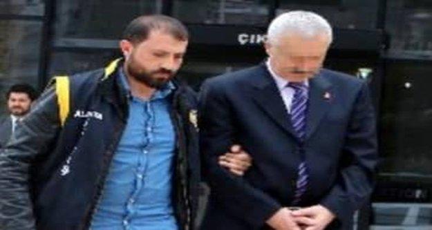 Cinsel istismar iddiasıyla 31 yıl hapis cezası alan öğretmene tahliye kararı