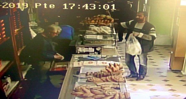 Fırının sadaka kutusunu ekmeklerin arasına koyup götürdü