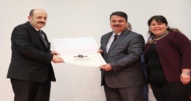 Akdeniz Üniversitesi'ne Engelsiz Üniversite Ödülü