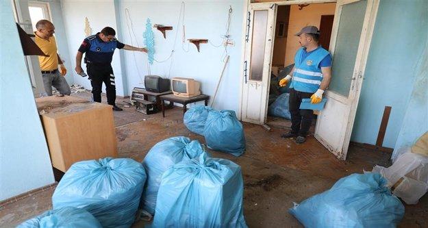 Alanya Belediyesi 'nden Çöp ev Temizliği