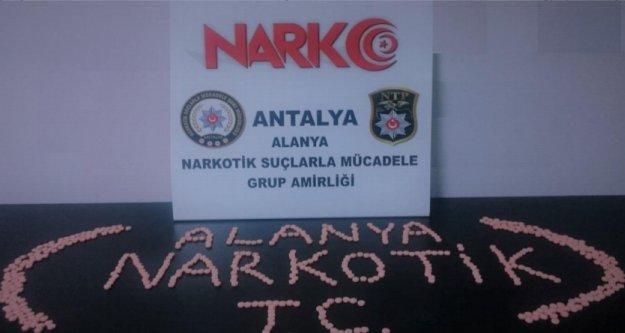 Alanya'da 568 adet uyuşturucu hap ele geçirildi