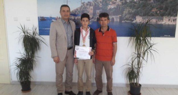 Alanyalı Batuhan, Rusya'da Türkiye'yi temsil edecek