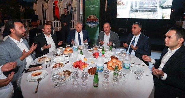 Çavuşoğlu ALTSO iftarında konuştu: Tehditlere boyun eğmiyoruz