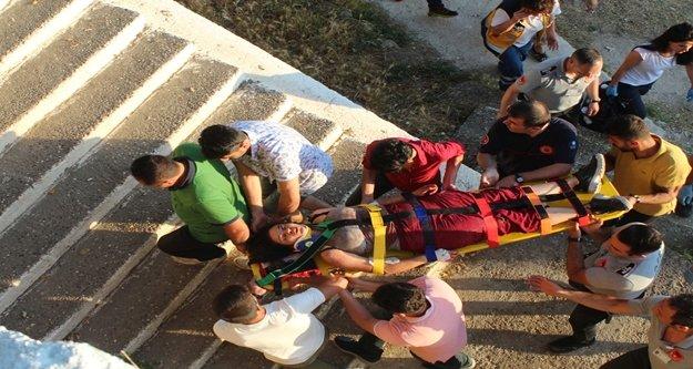 Falezlerden atlayan genç kıza kurtarma seferberliği