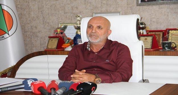 Hasan Çavuşoğlu: 'Sergen Yalçın ile görüşmemiz devam ediyor'