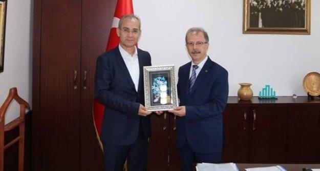 Rektör Pınarbaşı'dan Medeniyet Üniversitesi'ne ziyaret