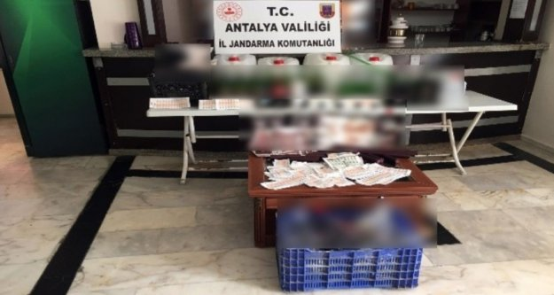 Alanya'da butik otele sahte içki baskını
