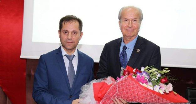 ALKÜ'de bilimsel konferans