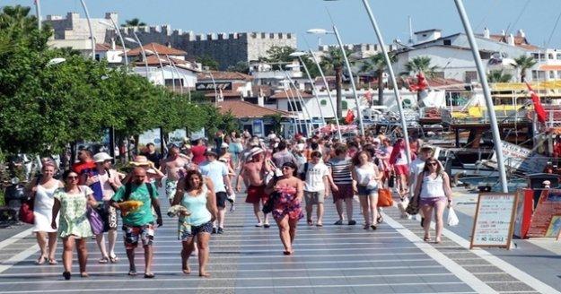 96 bin turistle tüm zamanların rekoru kırıldı